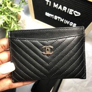 Chanel chevron caviar card holder
